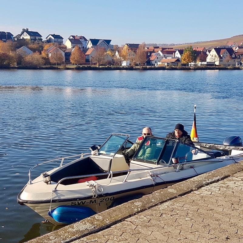 Motorboot Main Wassersportschule Kozlowski