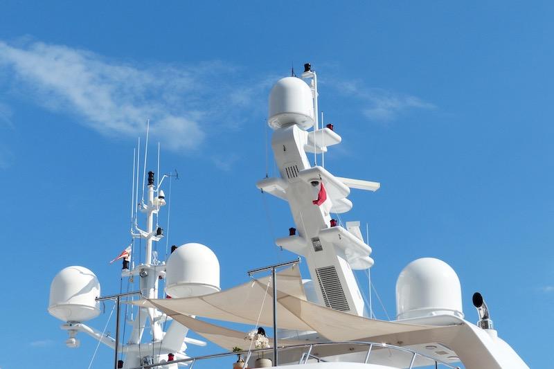 Seefunktechnik auf Boot